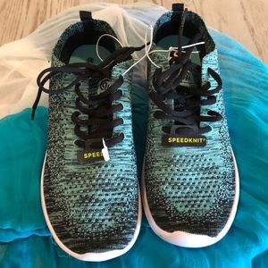 Woven Champion sneakers mint & black 8M NWT